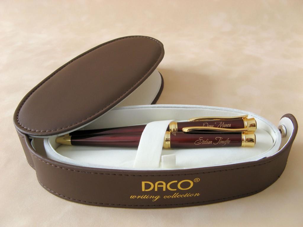 Set scris Daco personalizat